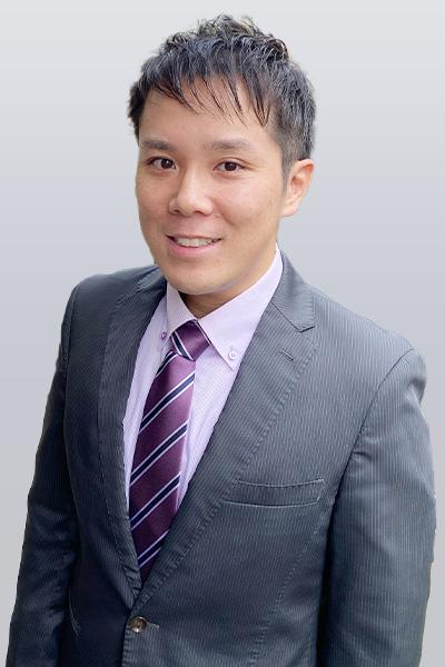 税理士 小泉 佳弘